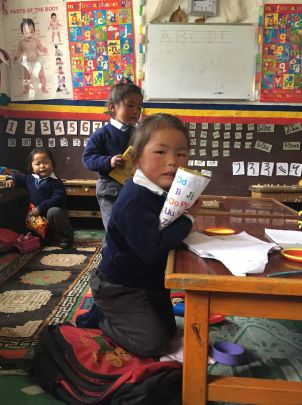 schooltje in tibetaans vluchtelingenkamp