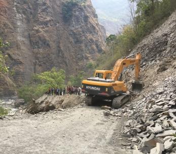 De weg naar Pokhara is weg
