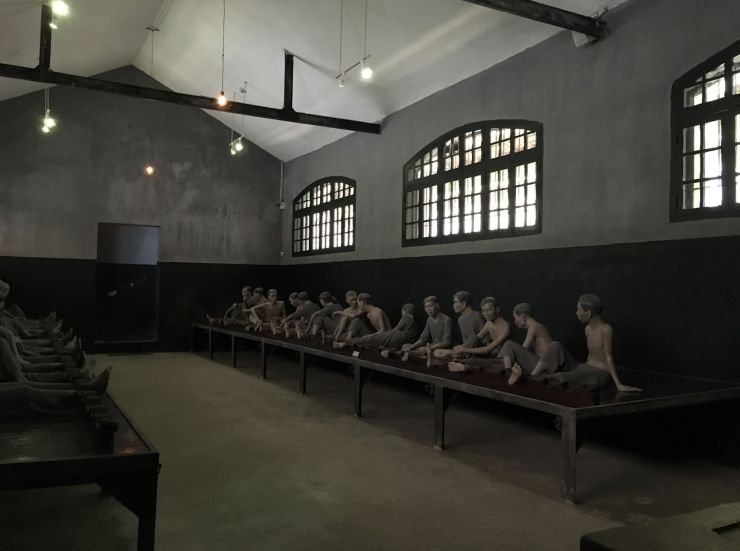 Hanoi Hoa Lo prison museum