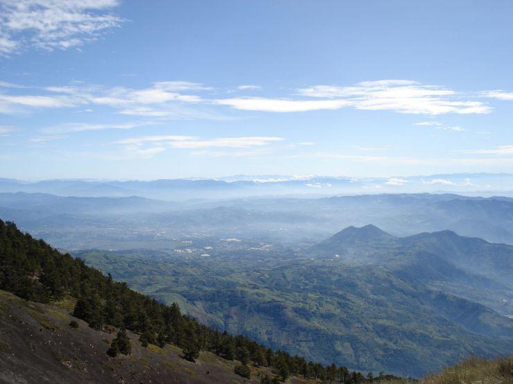 guatemala klim acatenango vulkaan